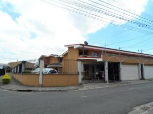 Apartamento En Alquileren Curridabat, Curridabat, Costa Rica, CR RAH: 19-592