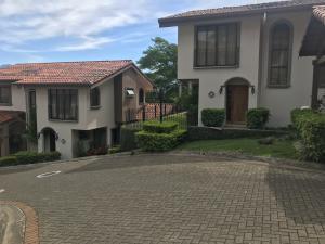 Casa En Alquileren San Rafael Escazu, Escazu, Costa Rica, CR RAH: 19-590