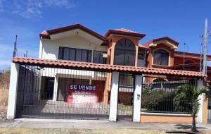 Casa En Ventaen San Joaquin De Flores De Heredia, Flores, Costa Rica, CR RAH: 19-605