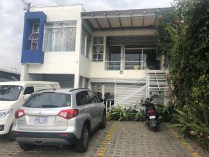 Edificio En Alquileren Tibas, Tibas, Costa Rica, CR RAH: 19-624