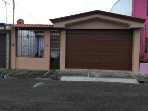 Casa En Ventaen Cartago Centro, Cartago, Costa Rica, CR RAH: 19-637