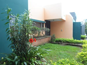 Casa En Alquileren San Pedro, Montes De Oca, Costa Rica, CR RAH: 19-644