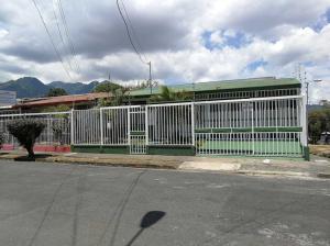 Casa En Ventaen Hatillo Centro, San Jose, Costa Rica, CR RAH: 19-657