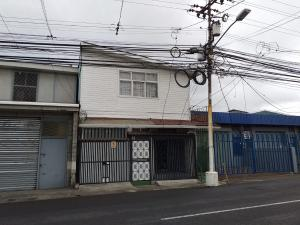 Local Comercial En Alquileren Guadalupe, Goicoechea, Costa Rica, CR RAH: 19-659