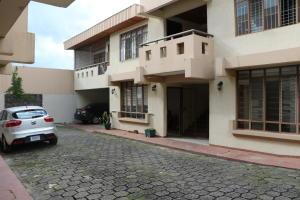 Apartamento En Alquileren Rohrmoser, San Jose, Costa Rica, CR RAH: 19-683