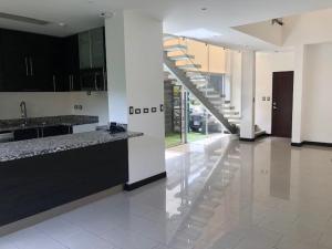 Casa En Alquileren Rio Oro, Santa Ana, Costa Rica, CR RAH: 19-539