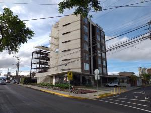Apartamento En Alquileren San Pedro, Montes De Oca, Costa Rica, CR RAH: 19-733
