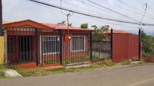 Casa En Ventaen Buenos Aires, Palmares, Costa Rica, CR RAH: 19-372