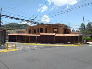 Casa En Ventaen Curridabat, Curridabat, Costa Rica, CR RAH: 19-464