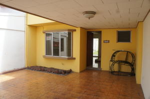 Casa En Ventaen Heredia, Heredia, Costa Rica, CR RAH: 19-836