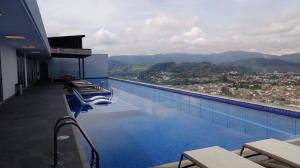 Apartamento En Alquileren Curridabat, Curridabat, Costa Rica, CR RAH: 19-808