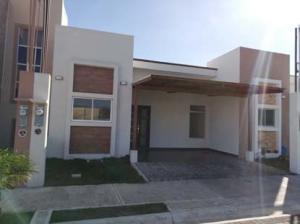 Casa En Ventaen Cartago Centro, Cartago, Costa Rica, CR RAH: 19-827