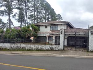 Casa En Ventaen Escazu, Escazu, Costa Rica, CR RAH: 19-828