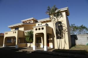 Casa En Alquileren Belen, Belen, Costa Rica, CR RAH: 19-841