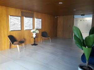 Apartamento En Alquileren Rohrmoser, San Jose, Costa Rica, CR RAH: 19-861