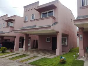 Casa En Ventaen Dulce Nombre - Cartago, Cartago, Costa Rica, CR RAH: 19-908
