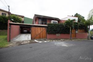 Casa En Ventaen Bello Horizonte, Escazu, Costa Rica, CR RAH: 19-921