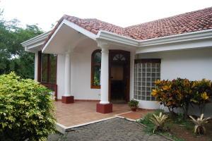 Casa En Ventaen La Guacima, Alajuela, Costa Rica, CR RAH: 19-981