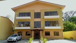 Apartamento En Alquileren Santa Ana, Santa Ana, Costa Rica, CR RAH: 19-958