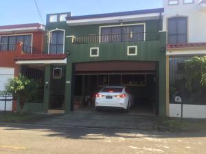 Casa En Ventaen Granadilla, Curridabat, Costa Rica, CR RAH: 19-977