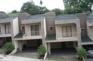 Casa En Ventaen Ciudad Colon, Mora, Costa Rica, CR RAH: 19-991