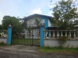 Casa En Ventaen Jimenez, Pococi, Costa Rica, CR RAH: 19-1002