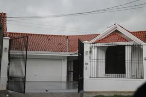 Casa En Alquileren Ciudad Cariari, Belen, Costa Rica, CR RAH: 19-1007