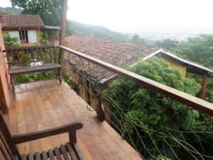 Apartamento En Alquileren San Antonio, Escazu, Costa Rica, CR RAH: 19-1070