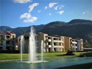 Apartamento En Ventaen Rio Oro, Santa Ana, Costa Rica, CR RAH: 19-734