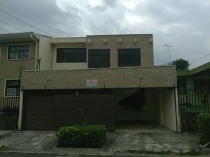 Casa En Ventaen San Francisco De Dos Rios, Desamparados, Costa Rica, CR RAH: 19-1068