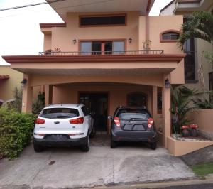 Casa En Ventaen San Francisco De Heredia, Heredia, Costa Rica, CR RAH: 19-1082