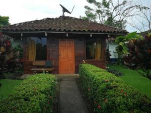 Hotel En Ventaen La Fortuna, San Carlos, Costa Rica, CR RAH: 19-1090