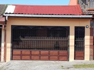 Casa En Ventaen Vc San Isidro, Vazquez De Coronado, Costa Rica, CR RAH: 19-1106