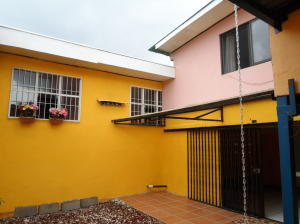Casa En Ventaen San Francisco De Dos Rios, San Jose, Costa Rica, CR RAH: 19-1108