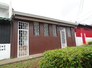 Casa En Ventaen Tibas, Tibas, Costa Rica, CR RAH: 19-1127
