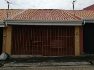 Casa En Ventaen Mercedes Sur, Heredia, Costa Rica, CR RAH: 19-1131