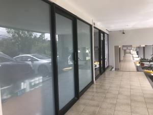 Local Comercial En Ventaen Santa Ana, Santa Ana, Costa Rica, CR RAH: 19-1132