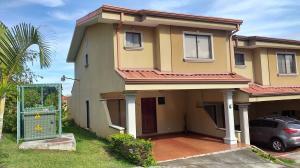 Casa En Ventaen La Union Tres Rios, La Union, Costa Rica, CR RAH: 19-1137