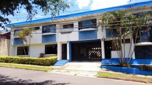 Apartamento En Alquileren Pinares, Curridabat, Costa Rica, CR RAH: 19-1145