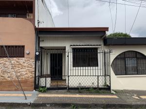 Apartamento En Alquileren Alajuela Centro, Alajuela, Costa Rica, CR RAH: 19-1171