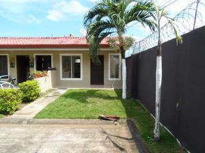 Casa En Ventaen Jaco, Puntarenas, Costa Rica, CR RAH: 19-1176
