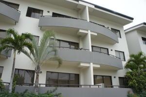 Apartamento En Alquileren Santa Ana, Santa Ana, Costa Rica, CR RAH: 19-1191