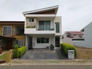 Casa En Ventaen Alajuela, Alajuela, Costa Rica, CR RAH: 19-1221