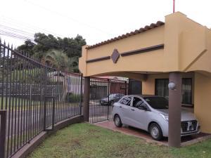 Casa En Ventaen Sabanilla, Montes De Oca, Costa Rica, CR RAH: 19-1226