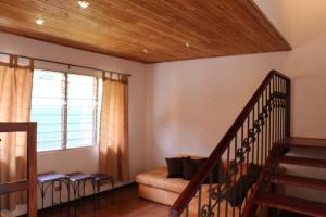 Apartamento En Alquileren Altos Paloma, Santa Ana, Costa Rica, CR RAH: 19-1249