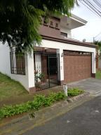 Casa En Ventaen San Pablo, Santo Domingo, Costa Rica, CR RAH: 19-1262