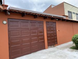 Casa En Ventaen San Rafael De Heredia, Barva, Costa Rica, CR RAH: 19-1423