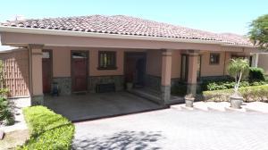 Casa En Ventaen San Rafael Escazu, Escazu, Costa Rica, CR RAH: 19-1272