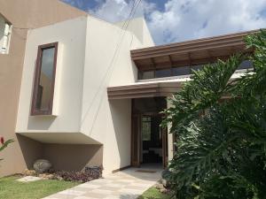 Casa En Ventaen La Guacima, Alajuela, Costa Rica, CR RAH: 19-352