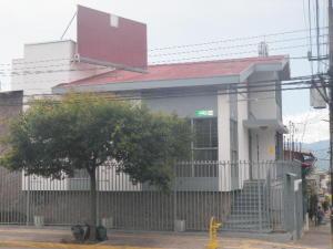 Casa En Alquileren San Jose Centro, San Jose, Costa Rica, CR RAH: 19-1338